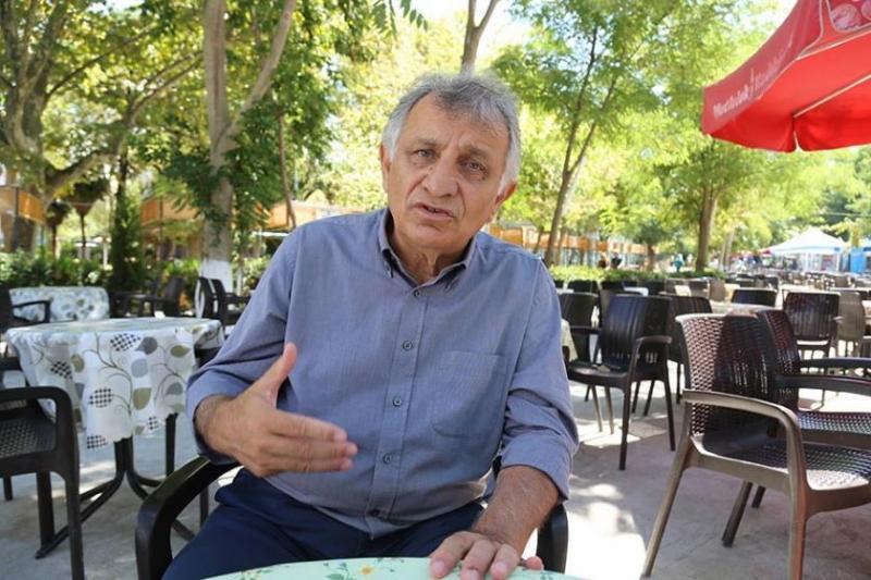 HDP Milletvekili Erol Katırcıoğlu'nun çözüme ilişkin demeci tartışma, polemik ve sataşmalara yol açtı. Katırcıoğlu, karalamalara sert yanıt verdi. Foto-Mezopotamya Ajansı.jpg