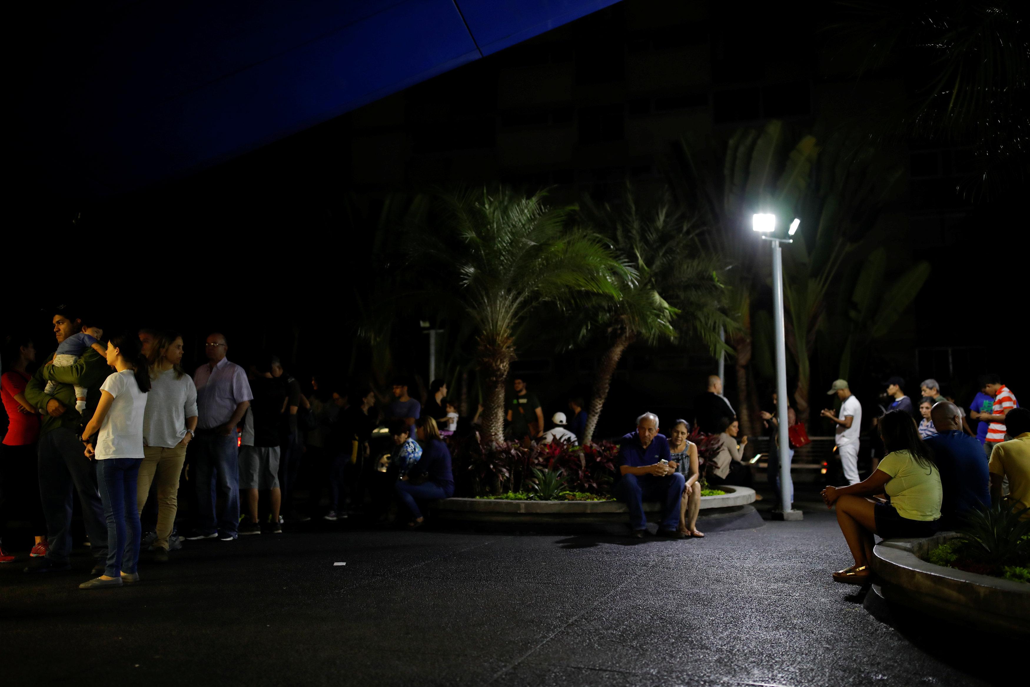 venezuela elektrik kesintisi reuters 1.jpg
