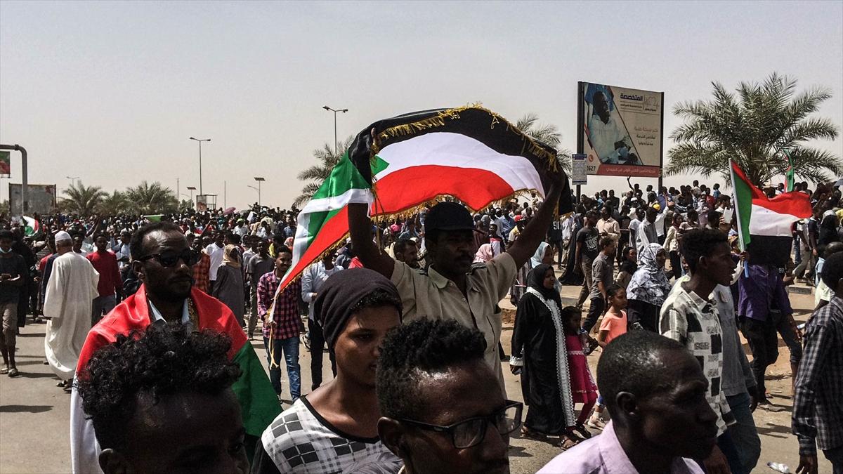 sudan ordu yönetime el koydu AA 3.jpg