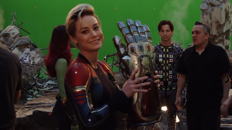 Avengers - 12 - Marvel.jpg