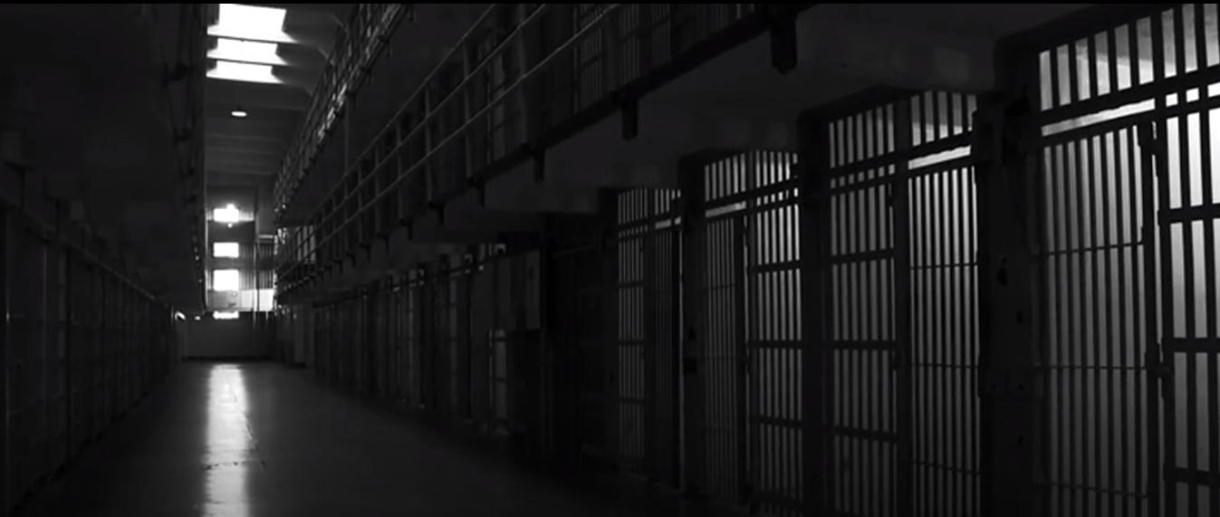 Alcatraz (3).png