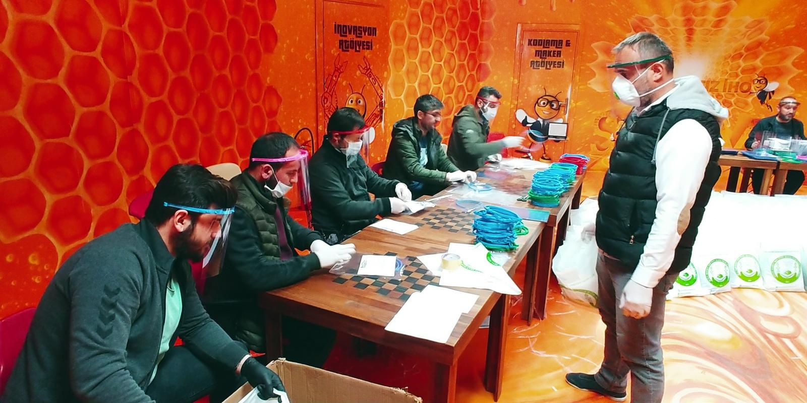 Düzce Mehmet Akif İnan İmam Hatip Ortaokulu (4).jpg