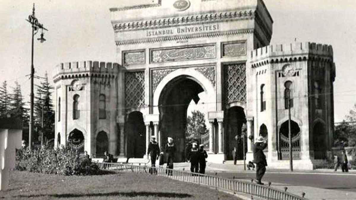1960'lar İstanbul üniversitesi.jpg