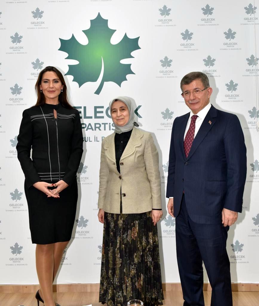 Davutoğlu (2).jpg