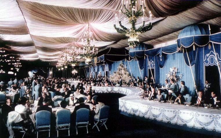 2500. Yılı Şenliği- Şeref Çadırı'nda gala yemeği-1.jpg