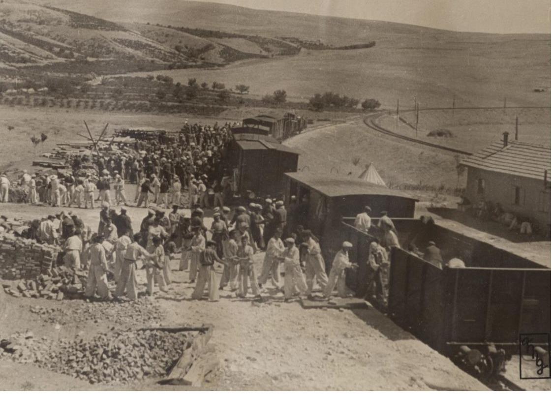 Köy Enstitüleri 1.jpg