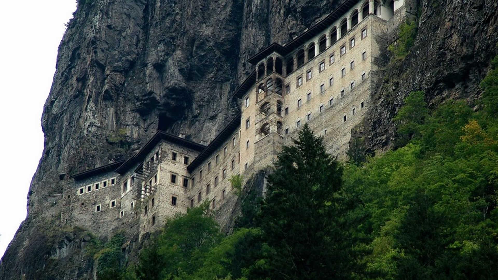 3- sümela manastırı.jpg