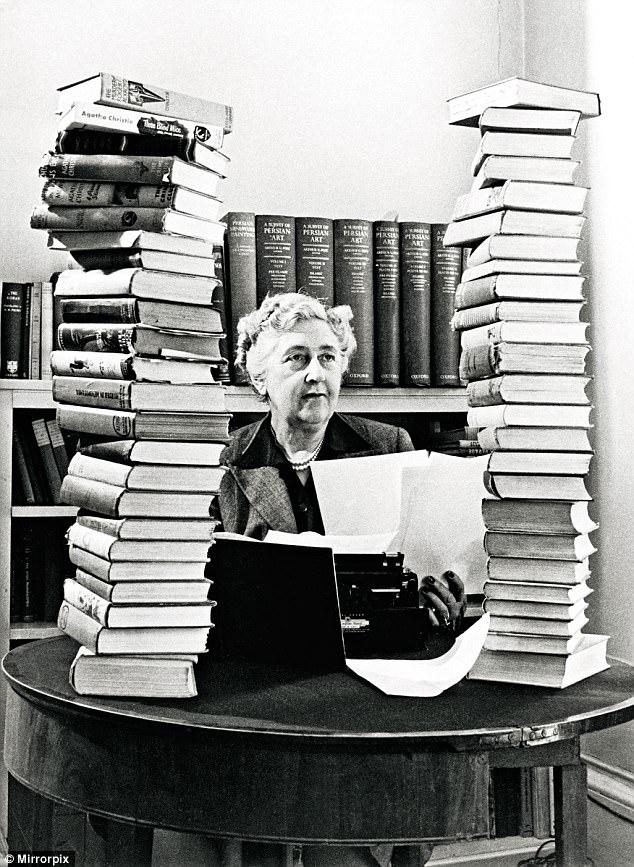 Agatha Cristie.jpg