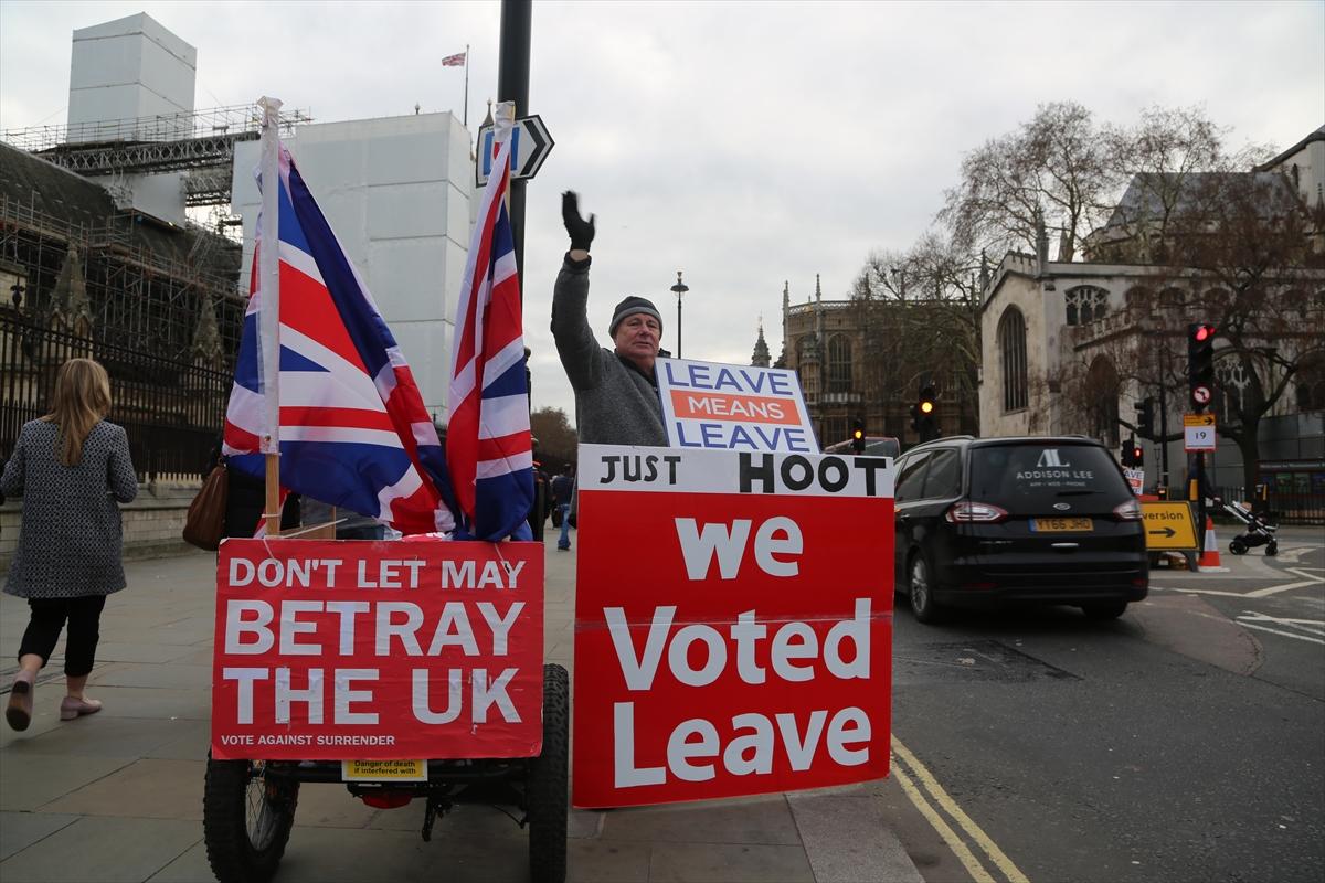 brexit gösteri2.jpg