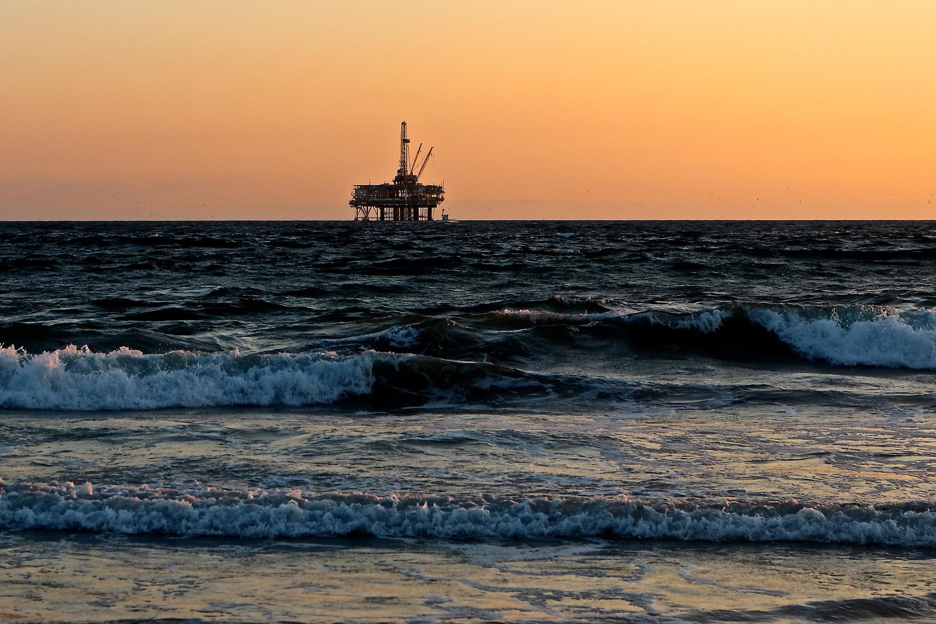 sea gas 2.jpg